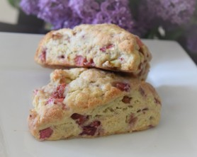 Strawberry Rhubarb Scones (3)
