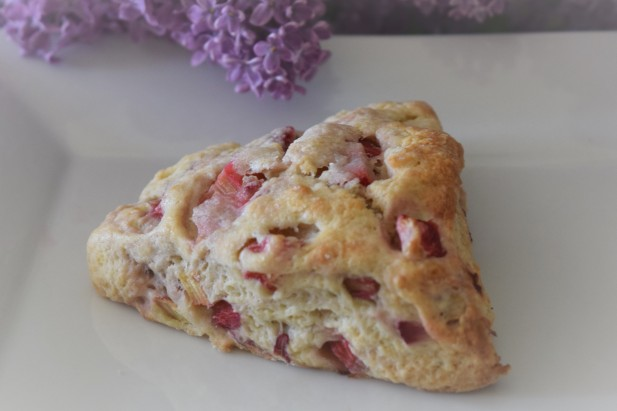Strawberry Rhubarb Scones (8)