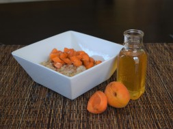 Creamy Oats with Honeyed Apricots (4)