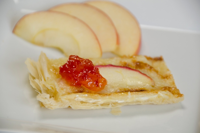 Apple Brie Bites (8)