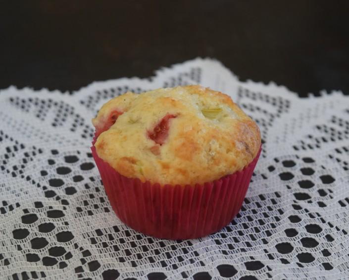 Strawberry Rhubarb Muffins (3)